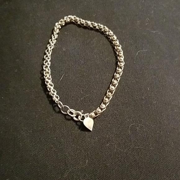 Jewelry - Silver fashion bracelet